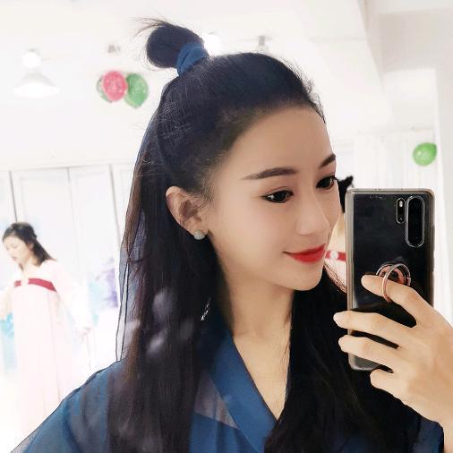 夏辉不姓夏舞蹈