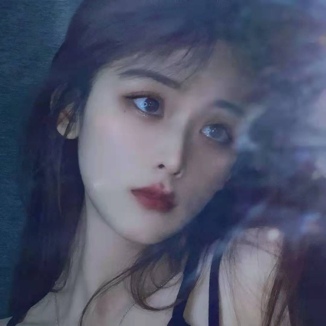 桃子悦Mia_
